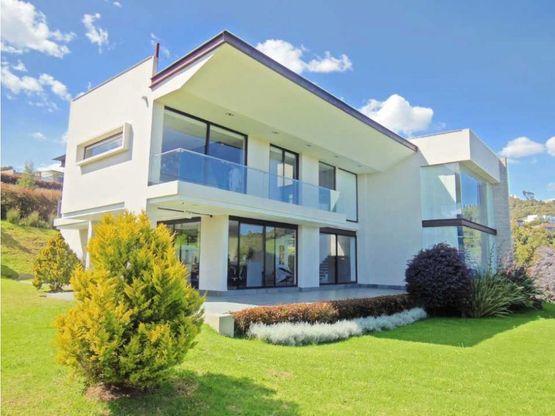 espectacular casa en yerbabonita venta