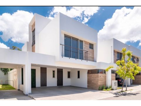 exclusiva casa con vista espectacular en escazu