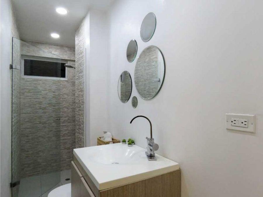 hermoso apartamento renovado poblado