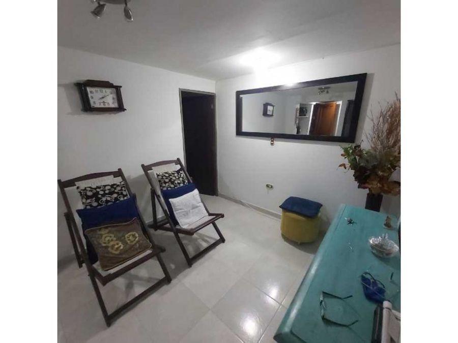 hermoso y amplio apartamento en santana bello ganga