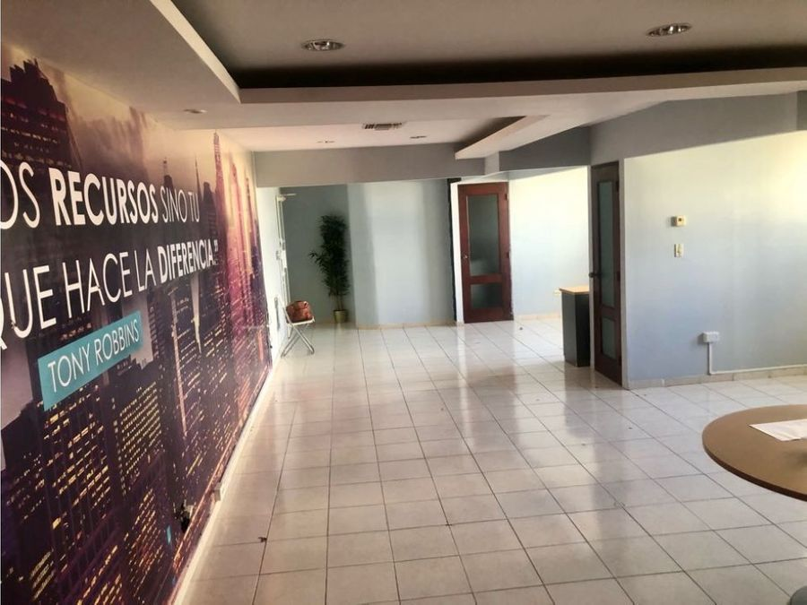 local comercial en plaza progreso business center naco
