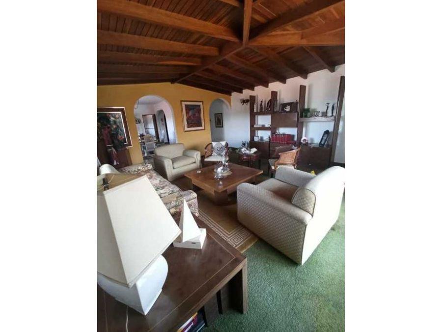 maravillosa casa en venta en el marques