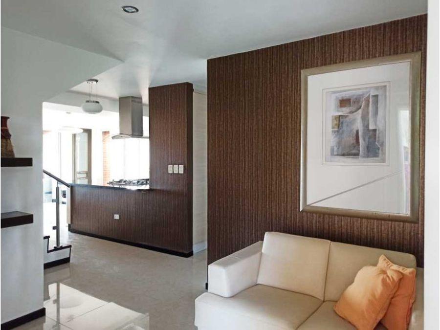moderno y amoblado apartamento en venta en loma linda