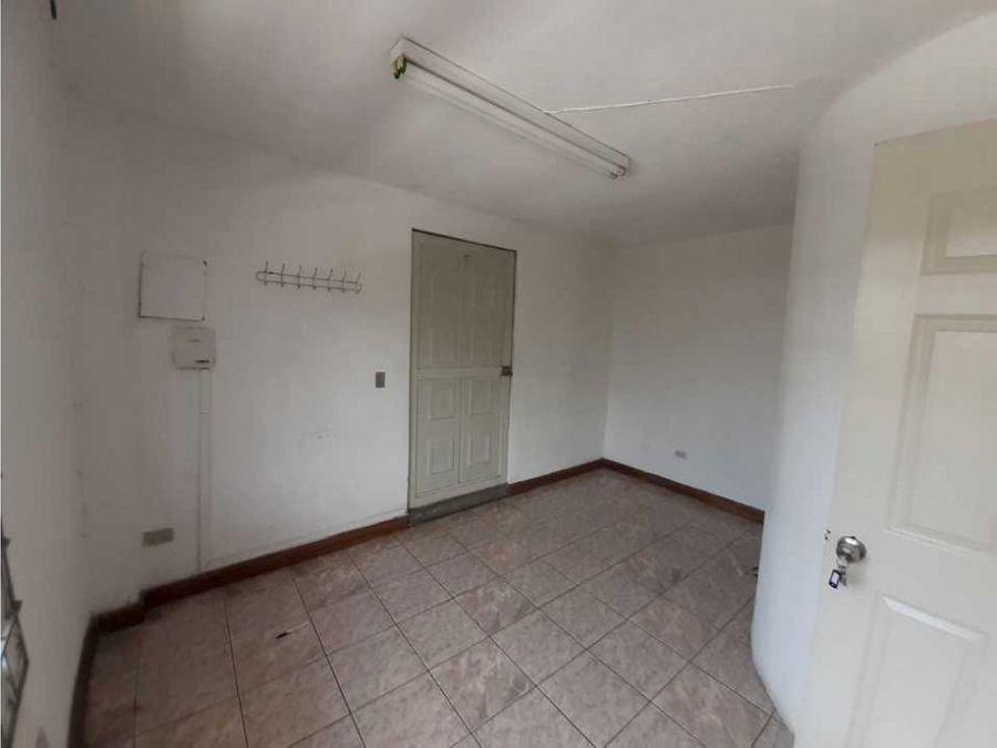 oficina en alquiler zona 15
