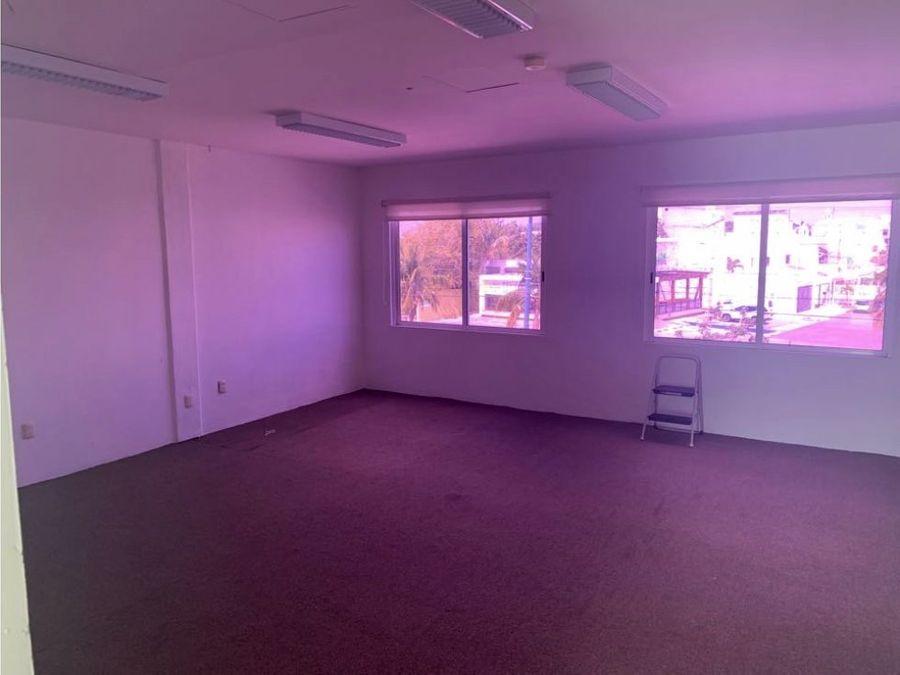oficina en renta en cancun plaza nichupte 75 m2 18000 mxn
