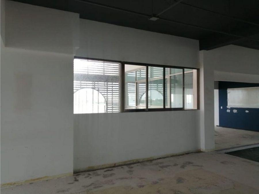 oficina en renta en cancun centro 710 m2 170360 mxn
