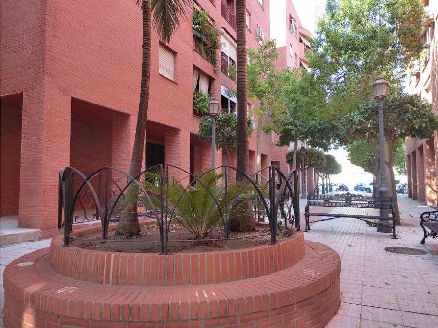oportunidad bonito piso en torremolinos centro terraza