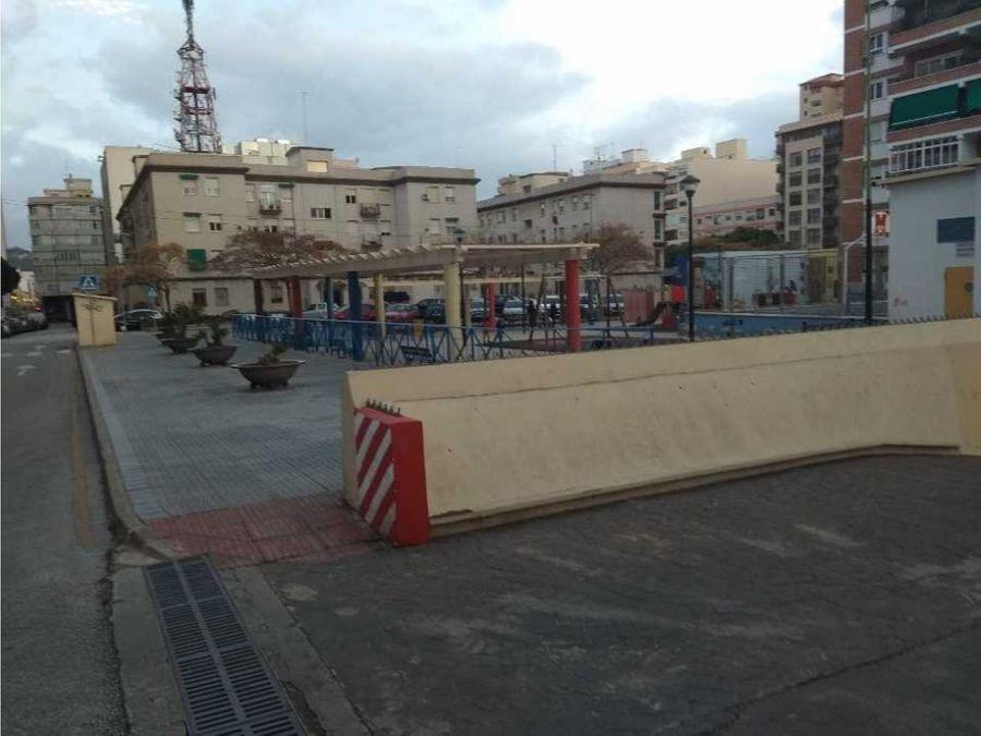 plaza de aparcamiento en plaza basconia malaga