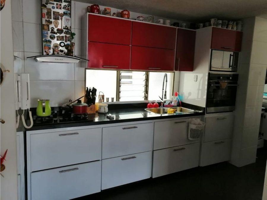 renta apartamento 92 m2la castellana 3 alcobas 2 banos remodelado