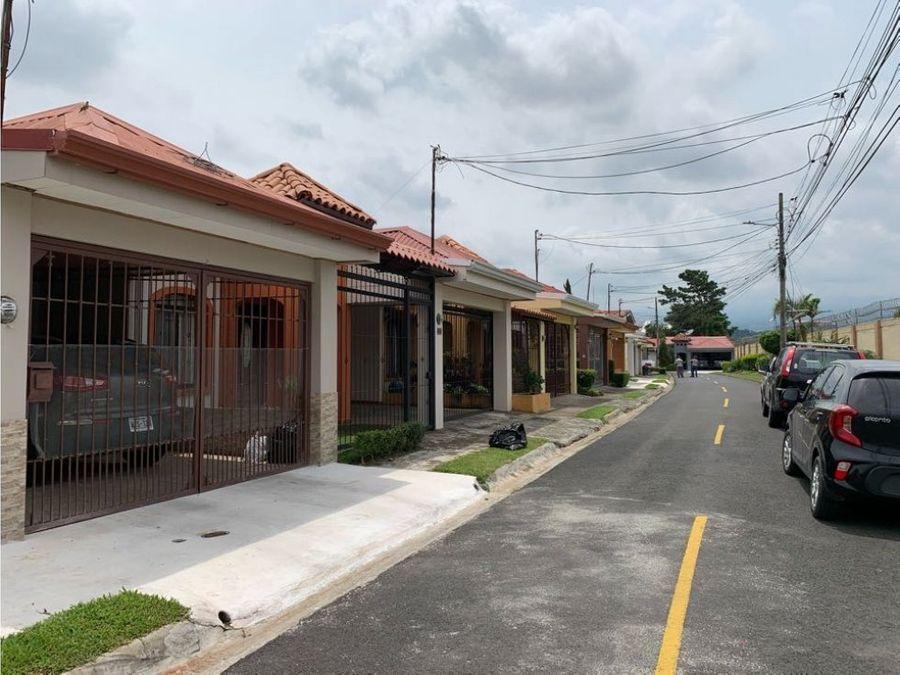 residencial privacia casa en venta lagunilla de heredia