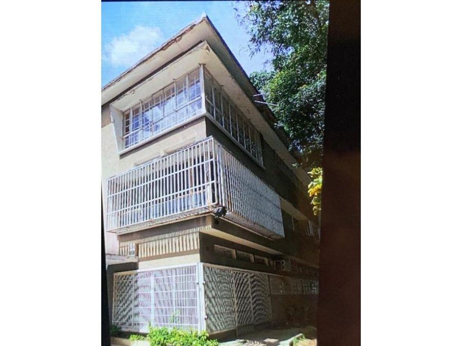 se vende edificio 877m2 el bosque