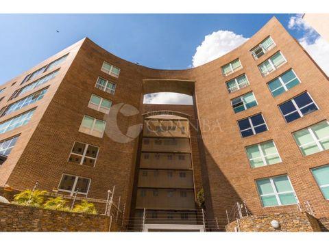 se vende apartamento de 270 m2 en al urb lomas de las mercedez