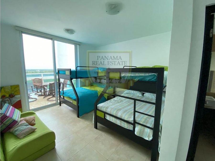 se vende apartamento de playa en playa blanca