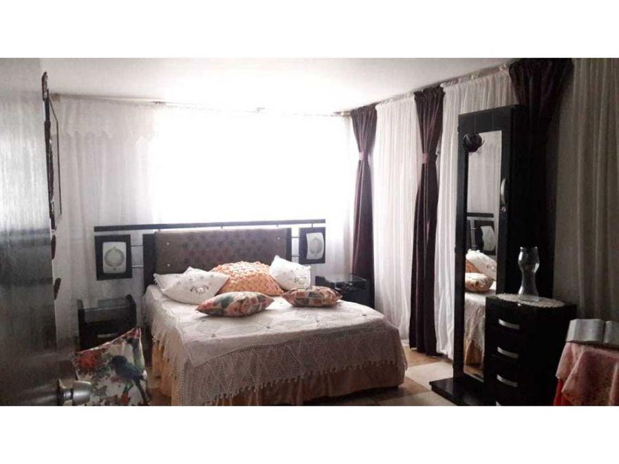 se vende apartamento en el barrio villa pilar