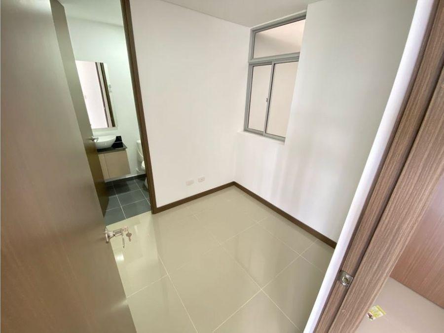se vende apartamento sector fundadores