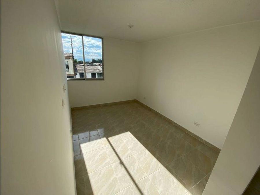 se vende apartamento sector ciudad dorada