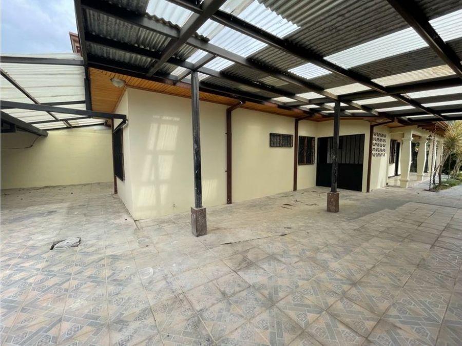 se vende casa de oportunidad en desamparados centro