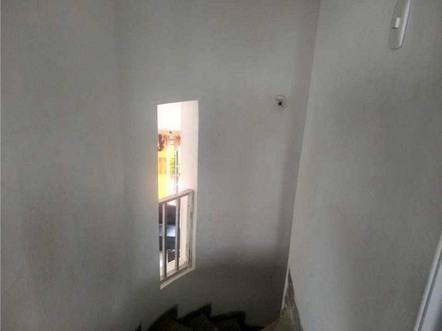 se vende casa en el exclusivo barrio de alameda la victoria