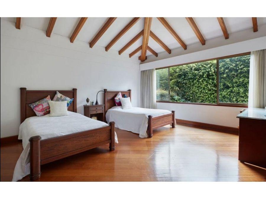 se vende casa sector montesori poblado