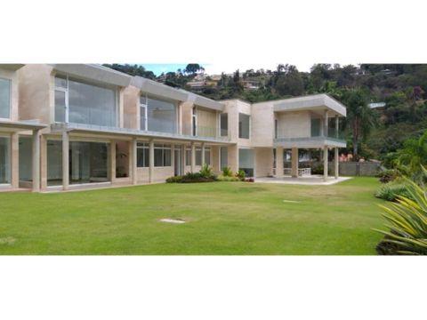 se vende casa 3600m2 7h3s85b2s15p cerro verde