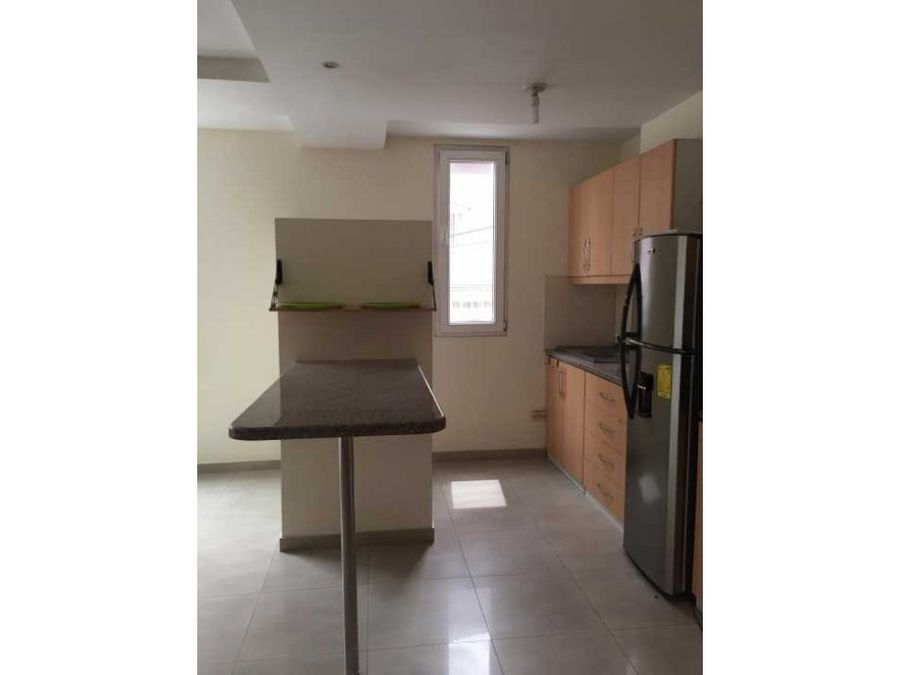 se vende departamento en kennedy norte